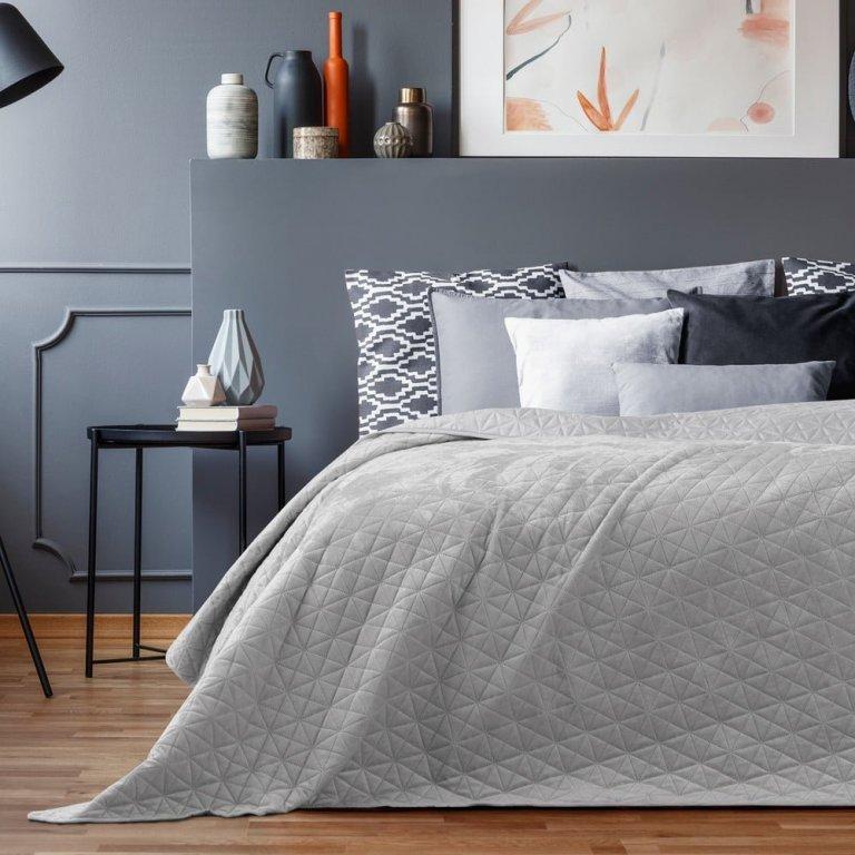 5 praktických tipů, díky kterým si zamilujete svou ložnici