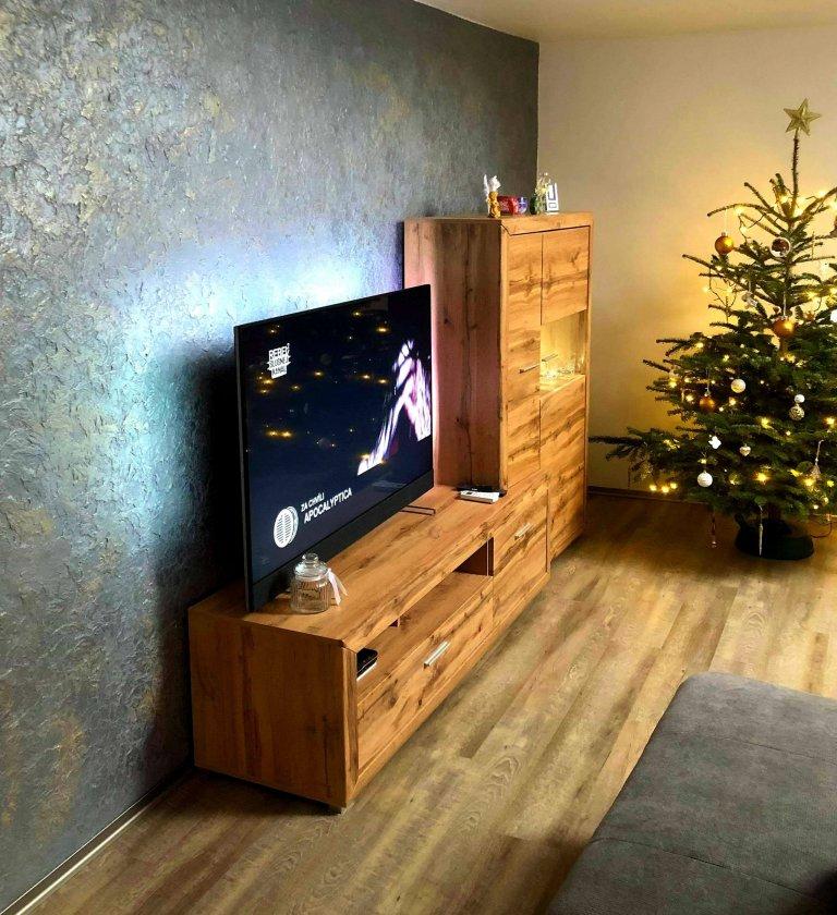 Dekorativni sterka relief obývaci pokoj