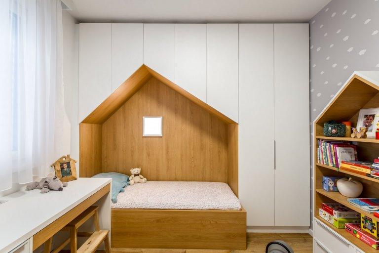 Kompletná rekonštrukcia panelového bytu v Petržalke???? Nahliadnite do našej realizácie interiéru, kde sme výraznou zmenou dispozície dosiahli kvalitu…