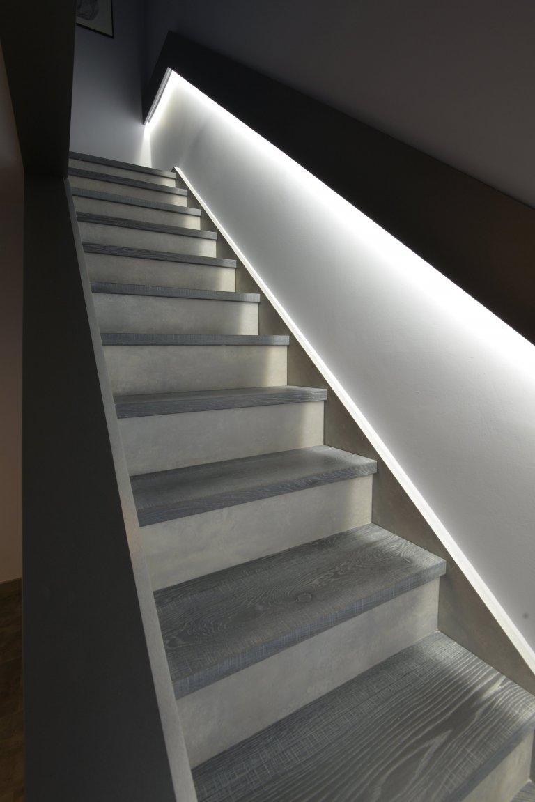 16 fotek·Updatedpřed 4 měsíci Pokračování realizace. Součástí interiéru byla oprava schodiště ve dvou patrech. Z přízemí do 1 NP…
