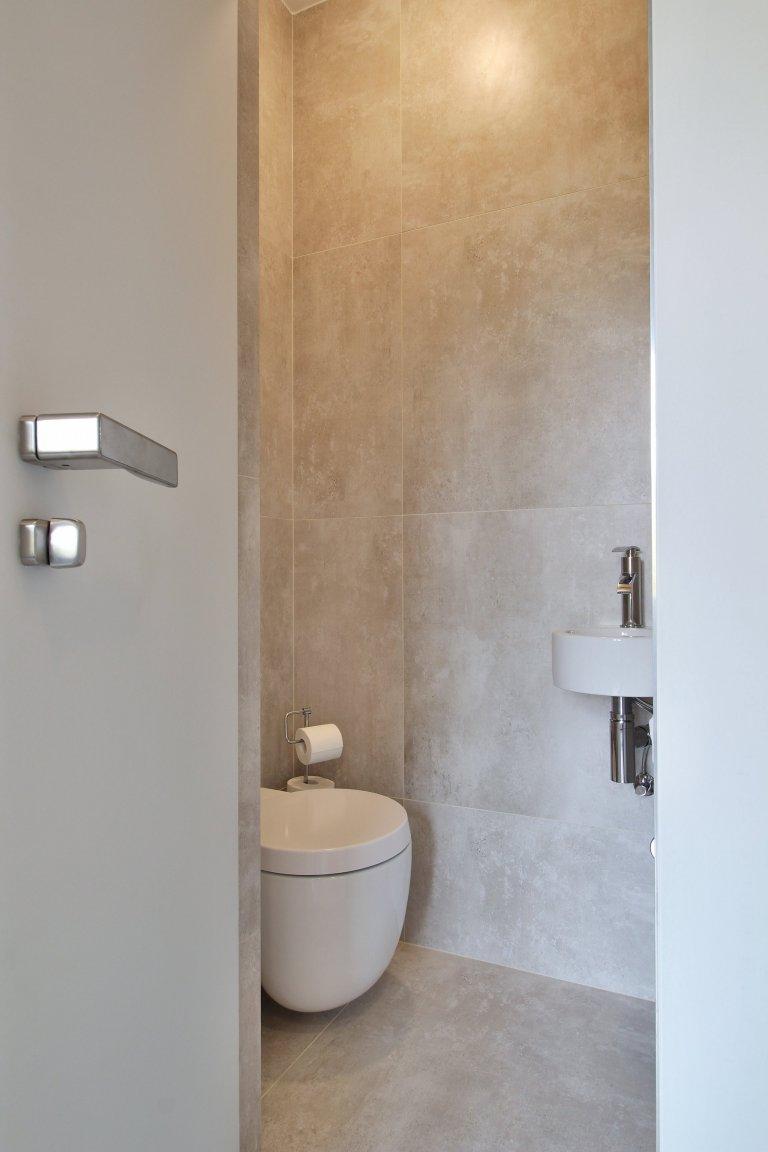 Rekonstrukce bytu v Praze se saunovým koutkem splnila očekávání nejen investora.