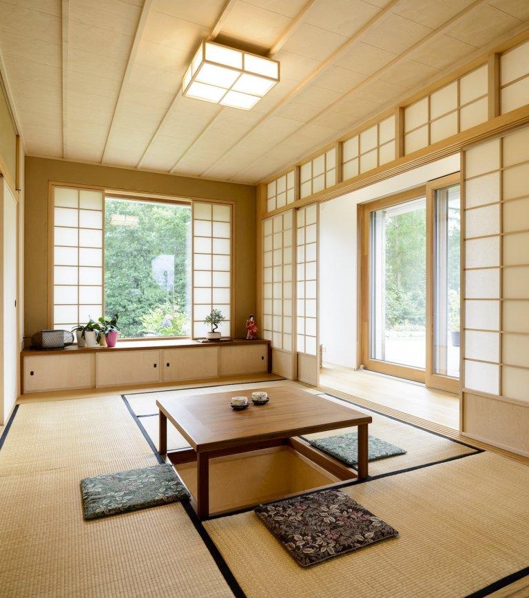 Koncepce rodinného domu spermakulturní zahradou pro japonsko-český manželský pár je vedena snahou ojednoduché, funkční a kultivované řešení, které…
