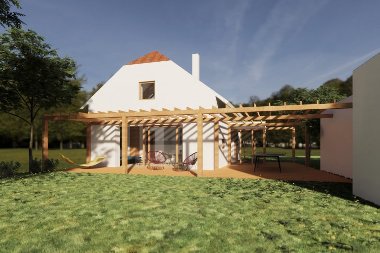 Pohled ze zahrady - obytný prostor je propojen se zahradou terasou s pergolou