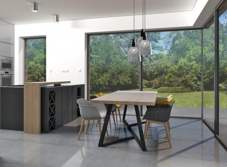 Kuchyně s výhledem do zahrady