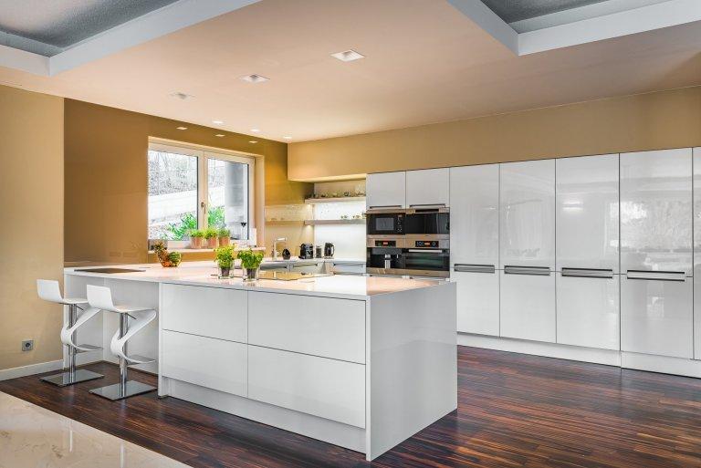 Kuchyně next125