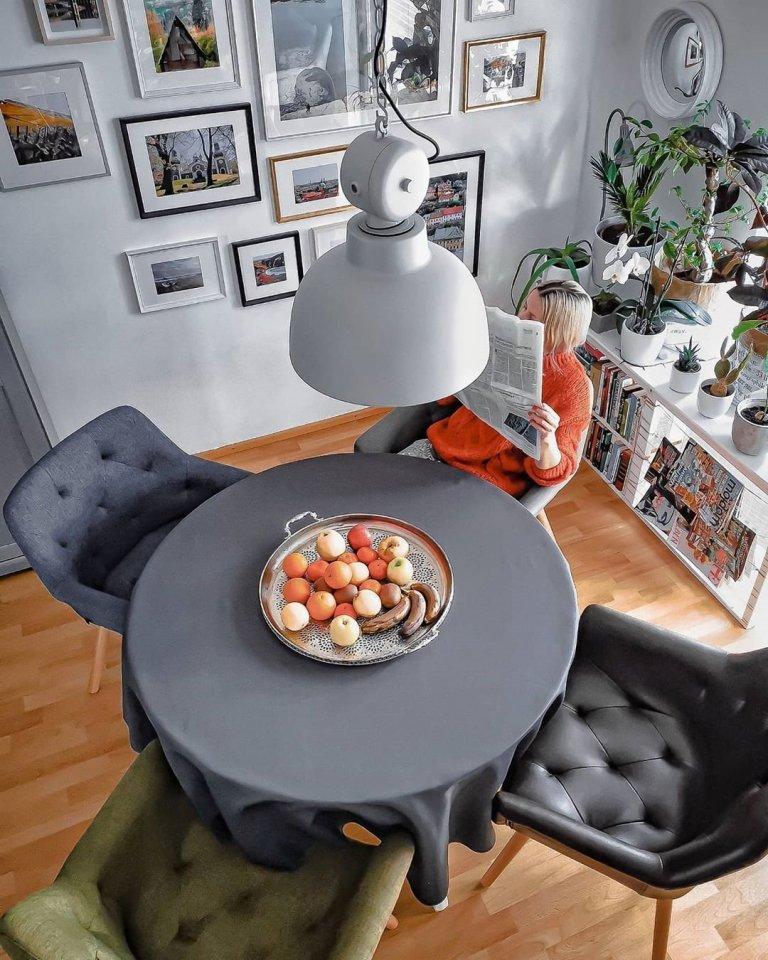 Velmi ráda se dívám na televizní programy o architektech, kteří prodělávají byty a domy.