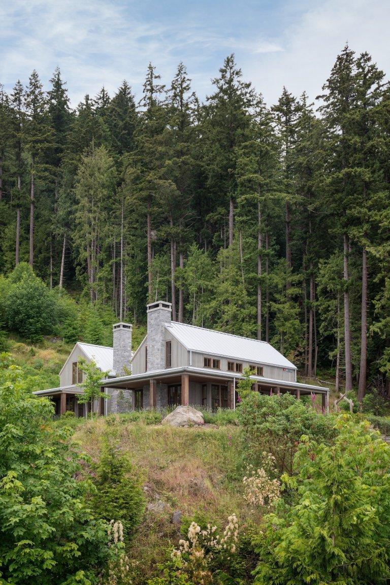 Dům obklopený přírodou