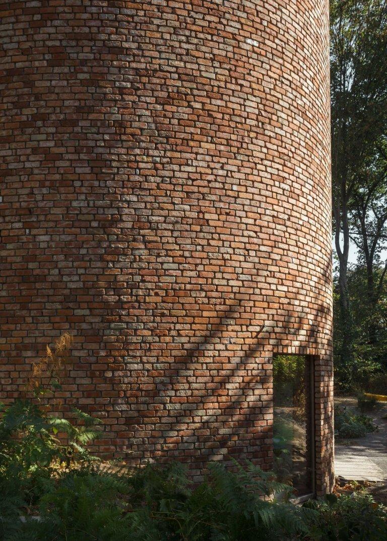 Dům v Belgii z recyklovaných cihel