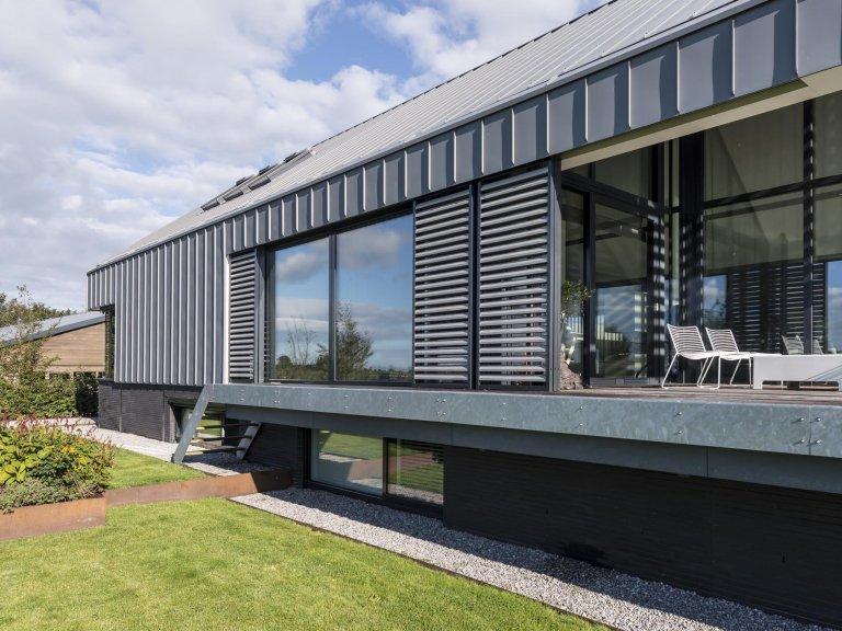 Jednoduchá stodola s ocelovou konstrukcí