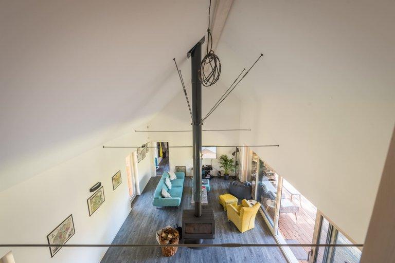Jednoduchý víkendový dům Bernau