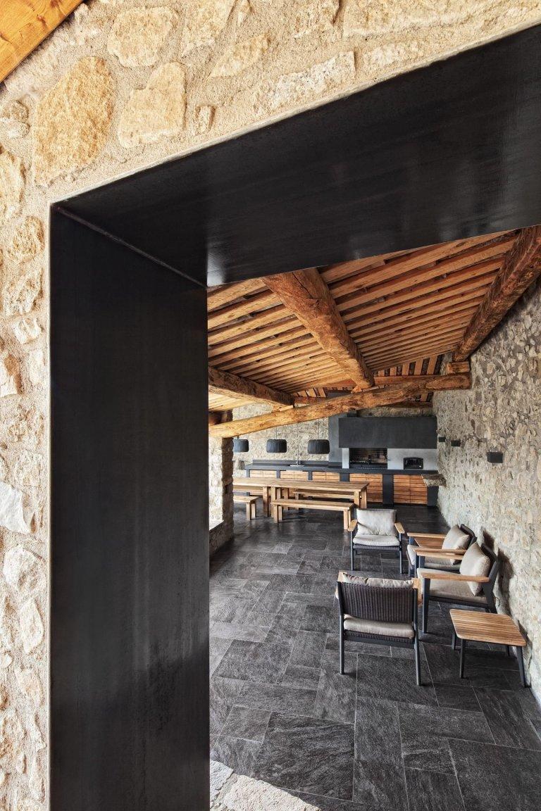 Kamenný statek v Pyrenejích
