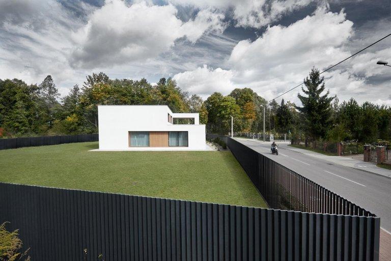 Klasická kostka s průhledy jako moderní dům