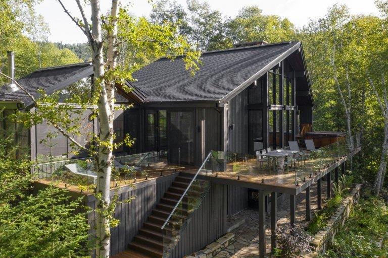 Po rekonstrukci je ze starého domu úžasná chata