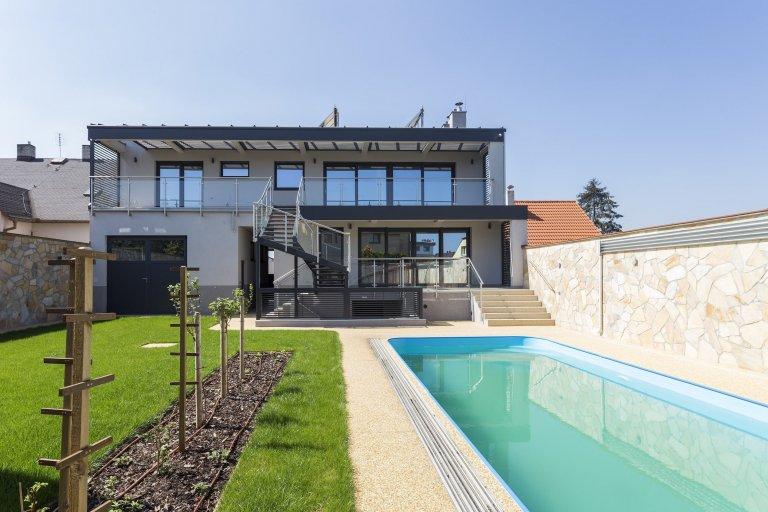 Pražský rodinný dům s dotekem Středomoří