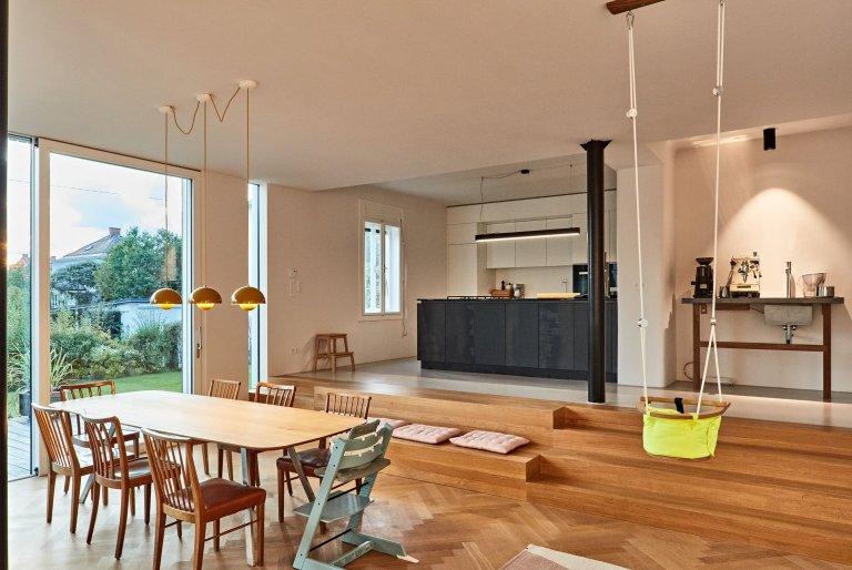 Přístavba rozšířila dům o obytný prostor s kuchyní