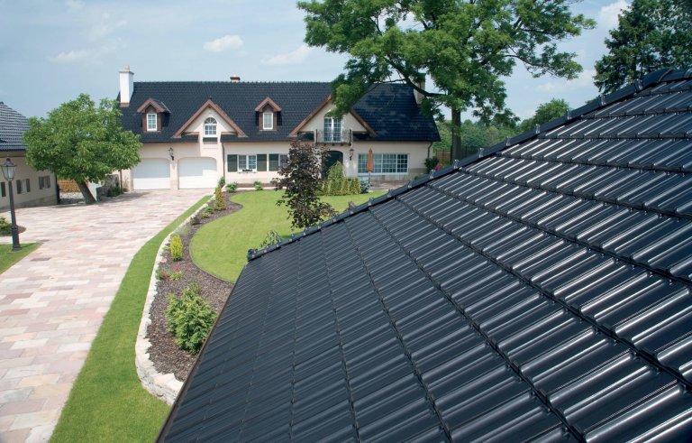 Proč vybrat na střechu keramickou střešní krytinu?