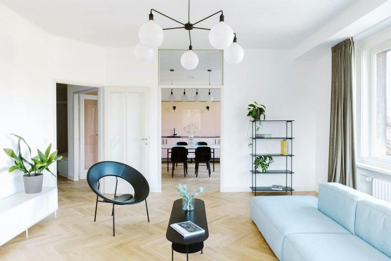 Retro byt na pražském nábřeží