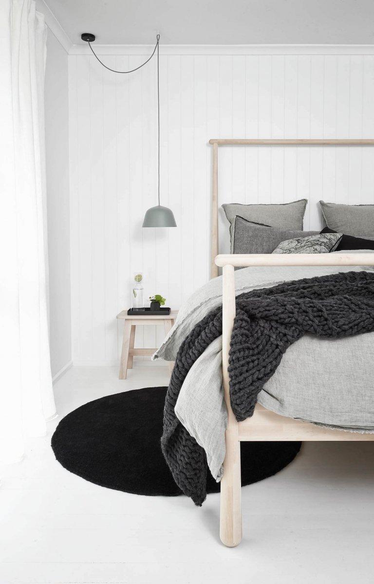 Skandinávský interiér v černobílé kombinaci