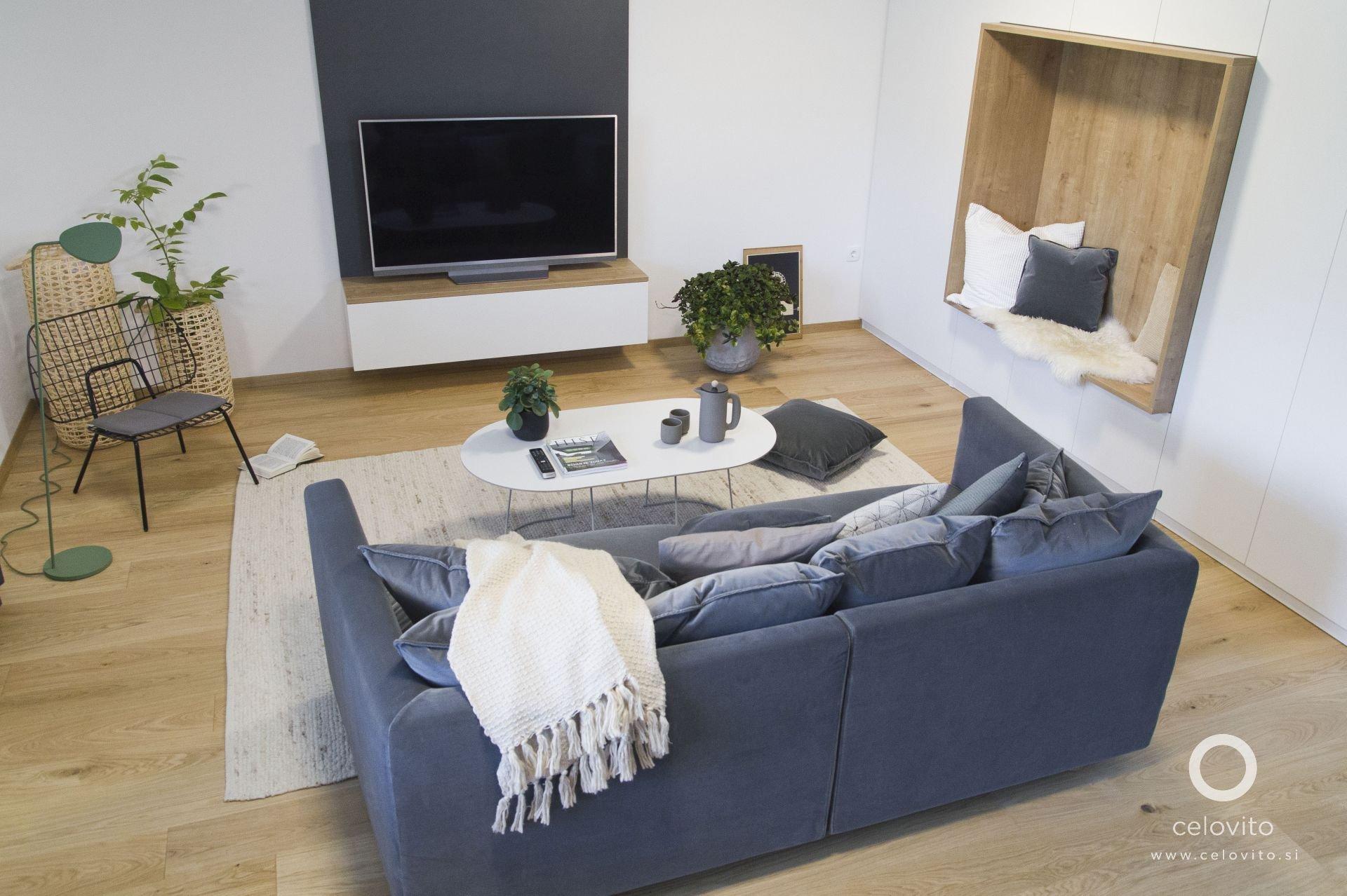 Na okraji Lublaně prošel důkladnou, ale citlivou rekonstrukcí dům ze 70. let. Jeho kompozice umožnila otevřít a propojit jednotlivé prostory, nový domov tak splnil požadavky na komfortní bydlení v moderní době.