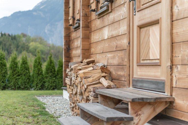 Tradiční alpská roubenka s moderní tváří