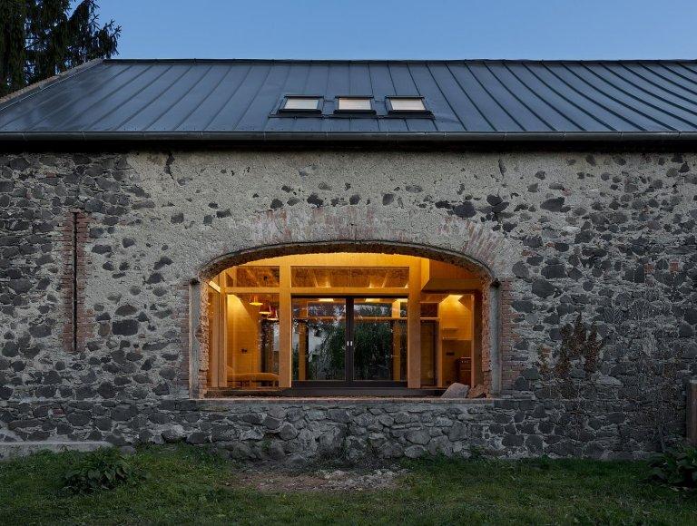 Unikátní přestavba venkovské stodoly