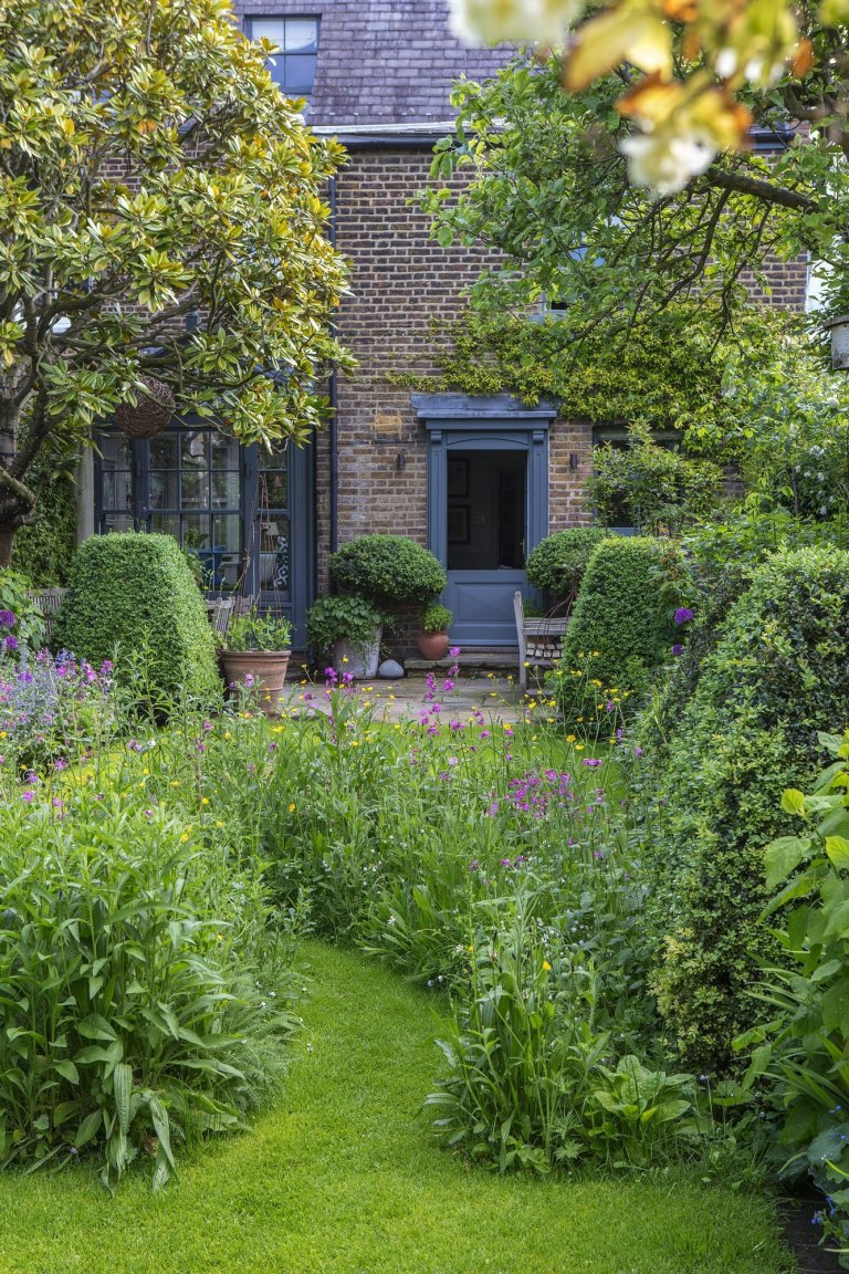 V londýnské zahradě