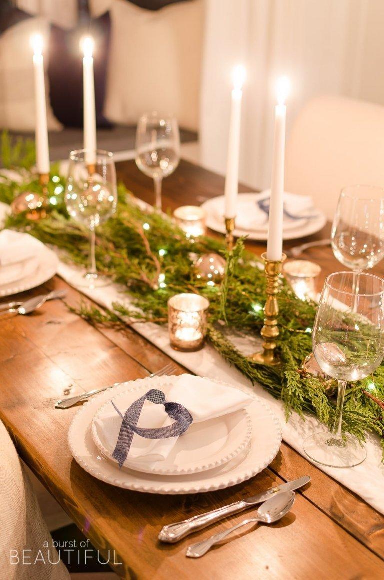 Vánoční prostírání stolu