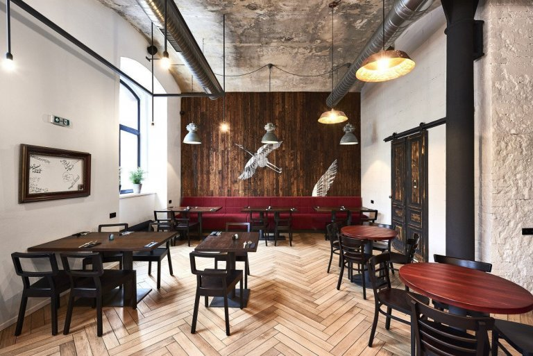 Dlažba, obklady i podlaha pro restauraci Hong Kong