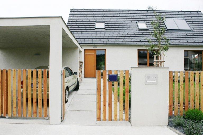 Pasivní rodinný dům a zahrada ve Vraném nad Vltavou