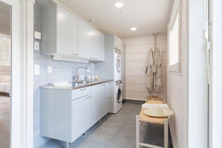Srubový typový dům Toive upravený na míru a dle přání majitelů postavený ve finském městě Mikkeli. Exteriér domu má tak ryze moderní vzhled, přesto je…