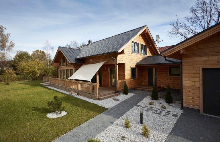 Finský srubový dům Iso-Kajastus