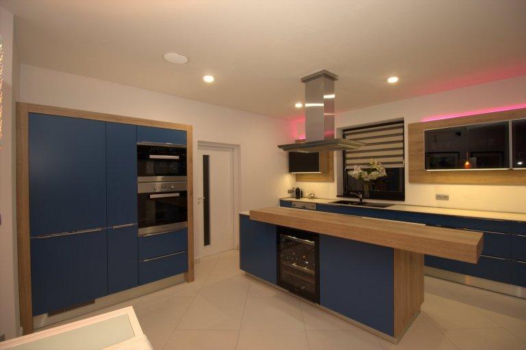 Moderní kuchyň s vychytávkami