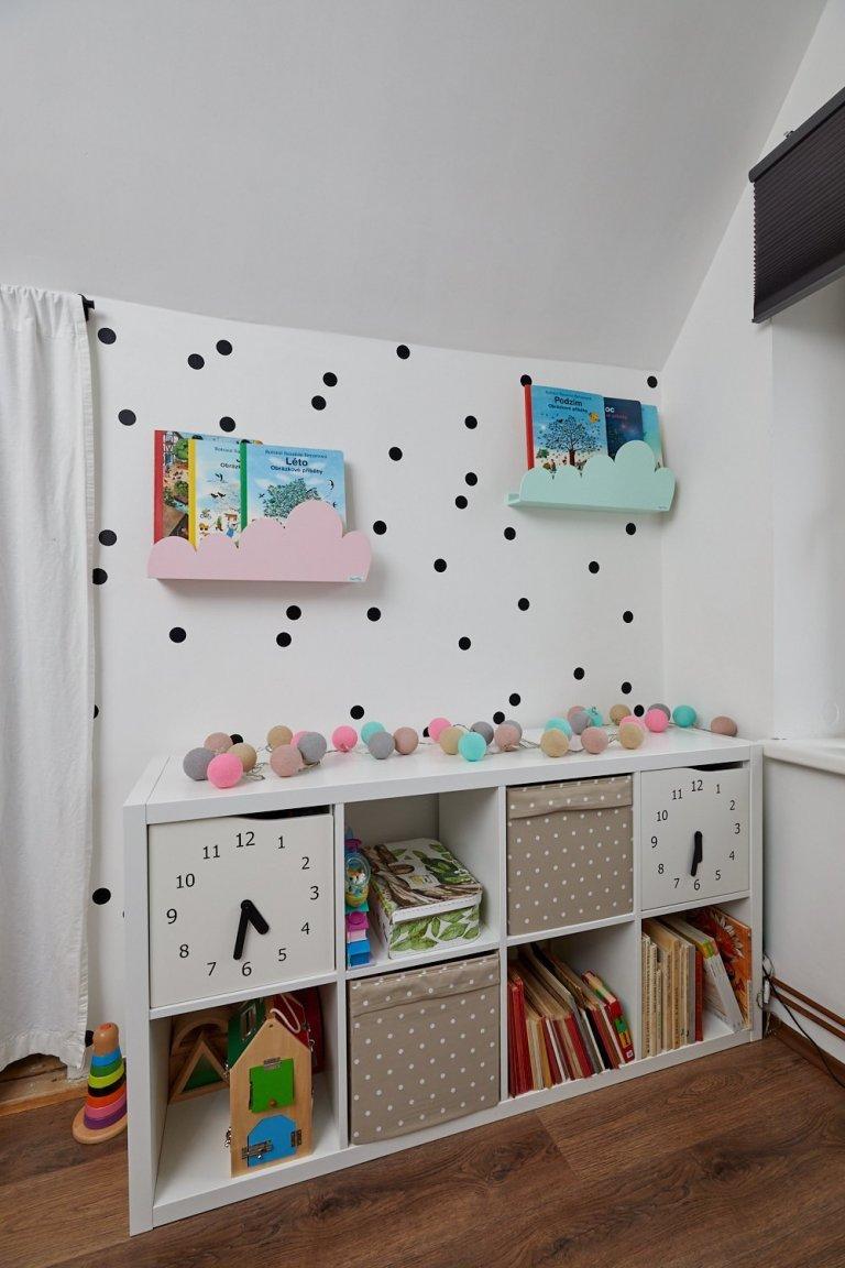 Dětský pokoj, pro dva sourozence, holčičku a jejího malého brášku.Požadavkem majitelů byla jednoduchost, nadčasovost a hravost. Pokoj jsem navrhla v…