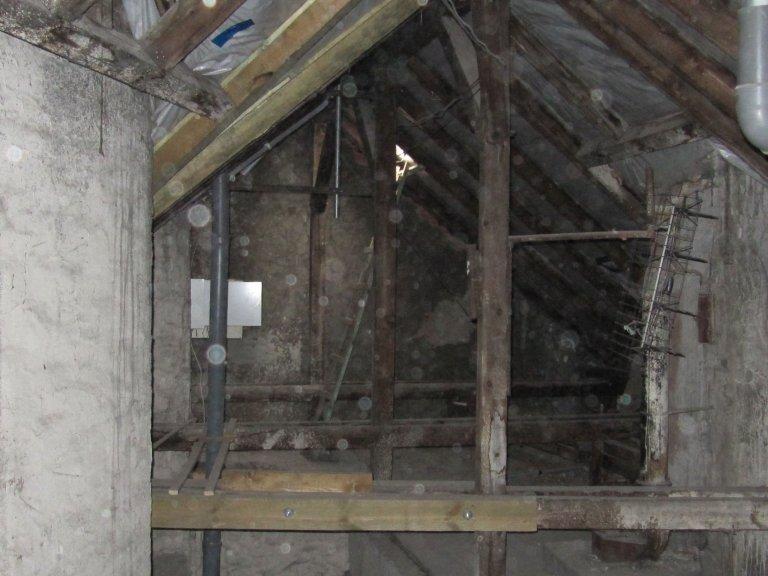 Rekonstrukce chátrajícího podkroví