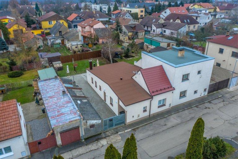 Rodinný dům na hranici Prahy