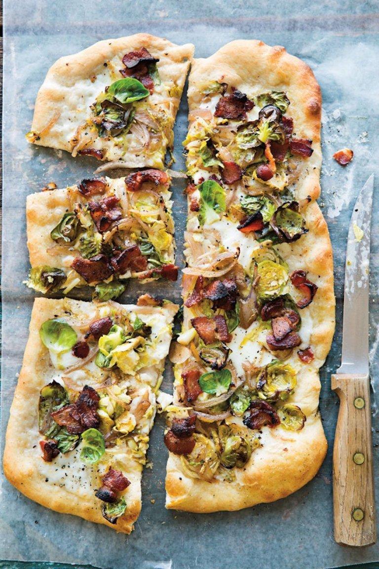 Kapustovo-slaninová pizza