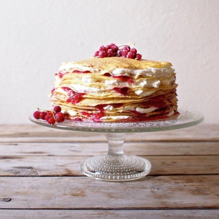 Palačinkový dort s bezinkovým krémem
