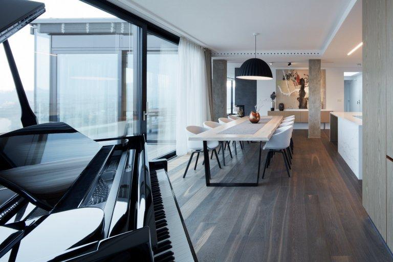Penthouse z Prahy je bydlením snů