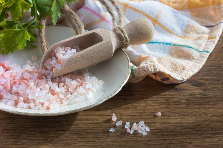 Sůl v domácnosti zvládne udělat hotové zázraky