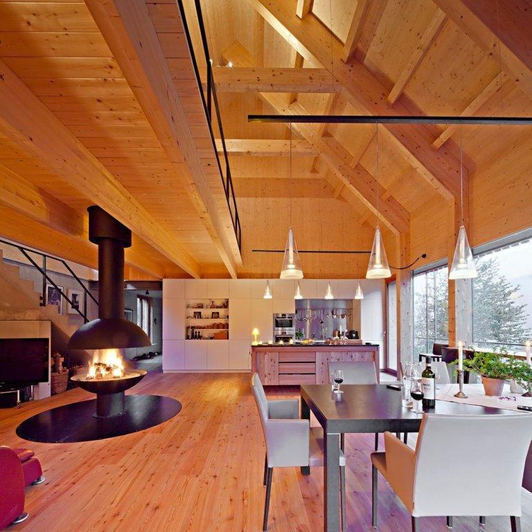 Almhaus, aneb víkendový dům imitující stodolu