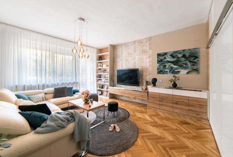 Rekonstrukce bytu 2+1 vměstském činžovním domě