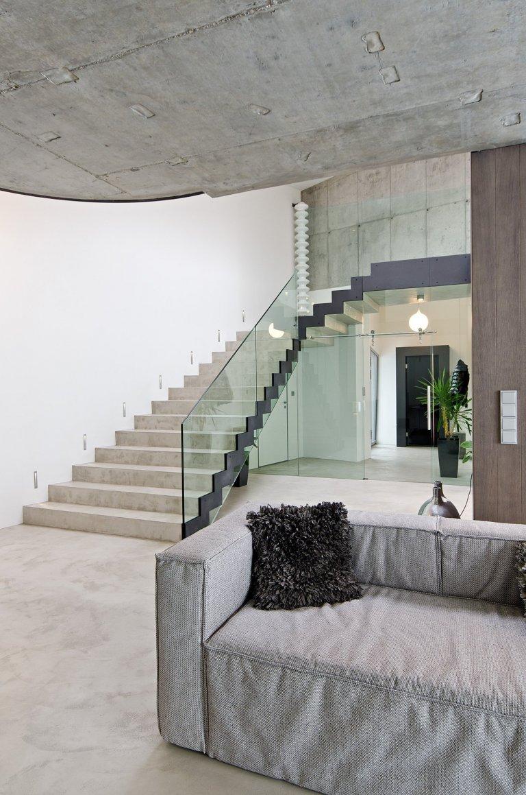 Interiér novostavby rodinného domu  Design: OOOOX| Ing. Arch. Radka Valová, Ing. Arch. Pavla Doležalová   Dispozice – dispozici jsme proti původnímu…