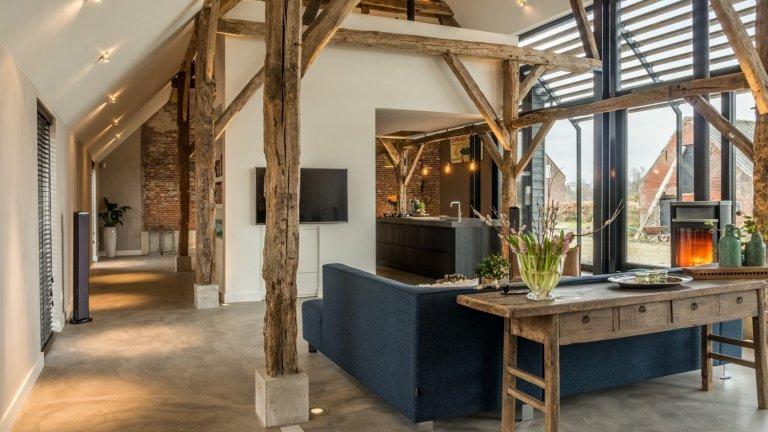 Proměna staré stodoly v moderní dům