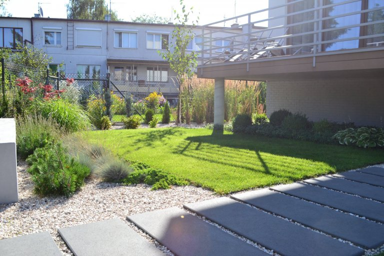 Zahrada s vodním prvkem