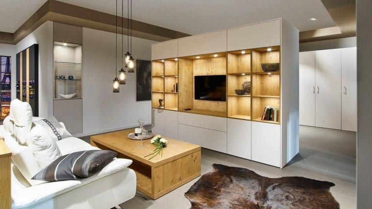 V kuchyni je nový obývací pokoj