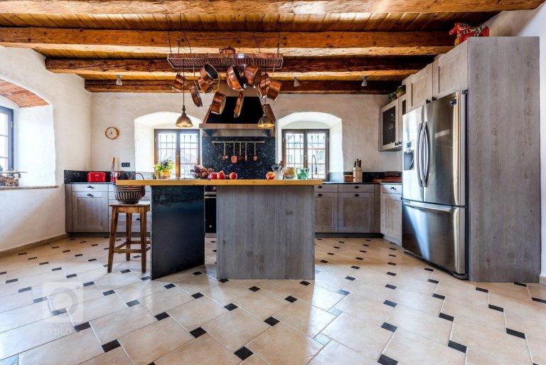 Kuchyň BEECK KÜCHEN - masiv rámeček