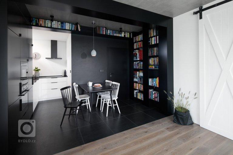Černobílý interiér