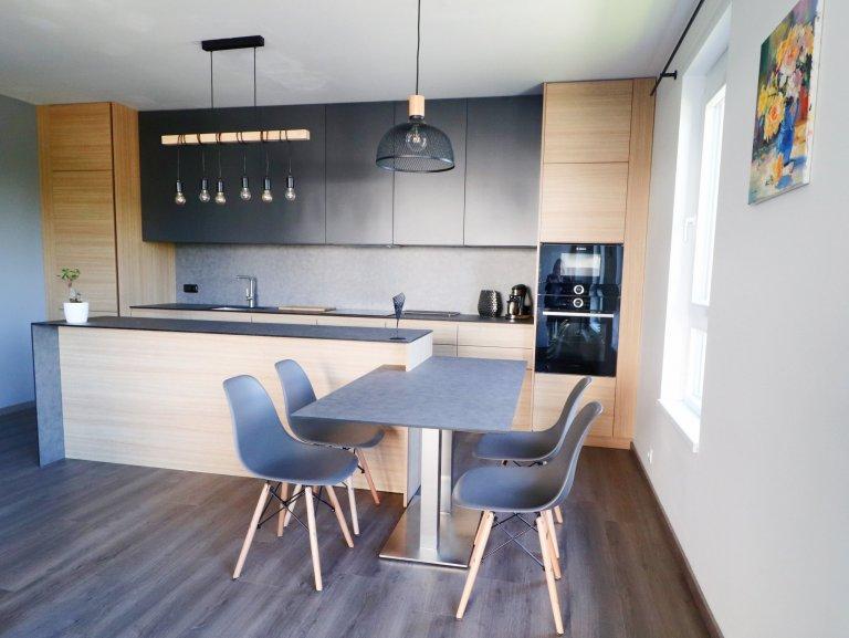 Moderní interiér bytu v Praze