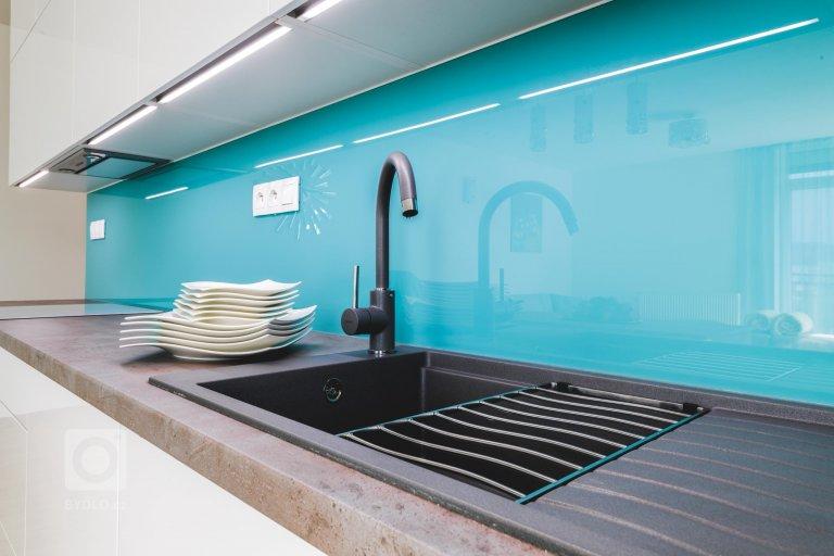 Nejnovější designové trendy propojené s vlastní oblíbenou barvou – tato kuchyně v provedení Trend Premium do detailu naplňuje náročné představy své…