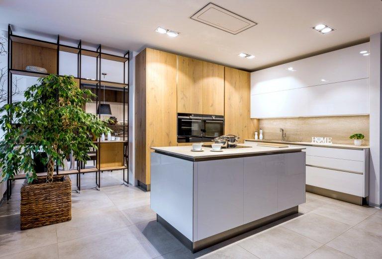 Design concept studio Sykora v Hradci Králové. Návrhy kuchyní na míru, přehled materiálů, vybavení,poradenství. Inspirace a splnění snů na jednom místě.…